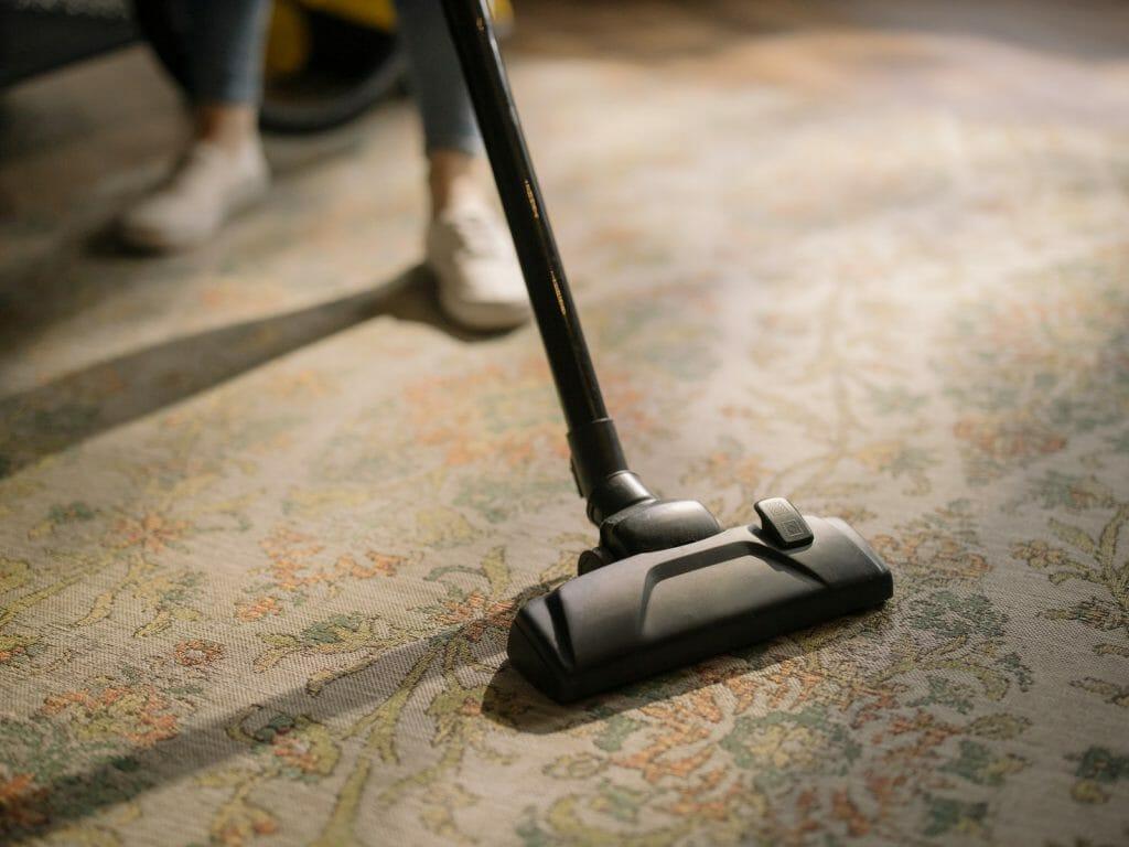 using an rv vacuum