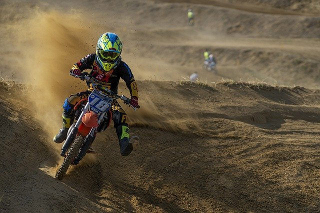 How to Ride a Dirt Bike for Dummies